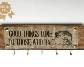 Good things come to those who bait - BURLAP/WOOD Wall Key Holder - 5 Key Holders - Funny Fisherman Sign -HANDMADE - Rustic Wall Decor