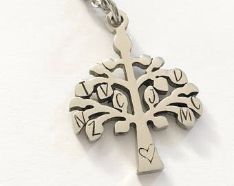 Family tree - Family necklace - Mother's jewelry - Gift for Grandmother - Family initials - Stainless steel jewelry