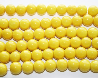 Yellow Glass Beads 12mm - 34ct - D239