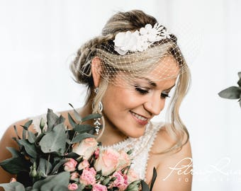 N4 Bridal Veil, wedding hairstyles, Bohos, bridal hairstyles, hair jewellery, comb, bridal headpieces, Fascination, vintage, ivory