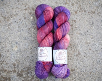 Ultimate Sock - Hand dyed Yarn - 75/25 Merino SW/Nylon - Fingering Weight 4ply - 100 grams - 425m/465yards - Mosto