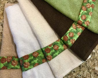 Fall Hand Towels, Fall Decor, Fall Decorated Hand Towel, Fall Bathroom Decor, Autumn  Towels, Thanksgiving Hand Towels,