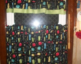 "Vintage Kitchen Appliances Baking Green Polka Dot fabric 36"" tiers/curtain Valance"