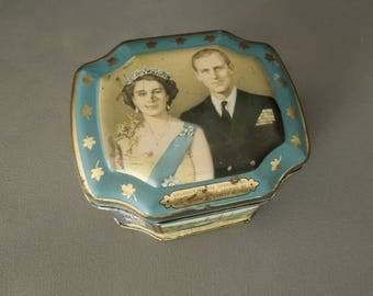 Vintage Tin Candy George Horner Queen Elizabeth Prince Philip -  Souvenir St. Lawrence Seaway Box Container