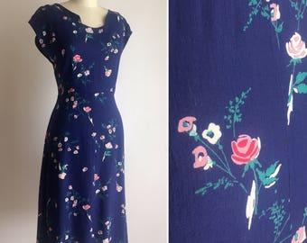 1940s linen dress ~ vintage floral dress ~ neckline detail