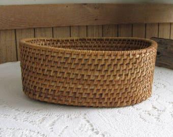 Vintage Oval Woven Basket Small Trinket or Centerpiece Basket Flowers or Garden Trug