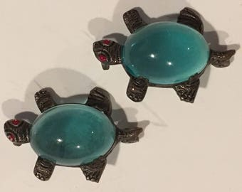 Vintage Blue Lucite Jelly Belly Turtle Pins
