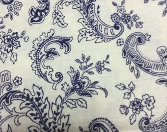 PRETTY Navy and Cream Paisley Style Fabric! BTY
