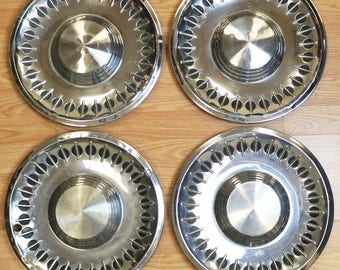 Set of 4 Original 1961 Plymouth Fury Hubcaps, Wheel Covers - OEM Part #2201484