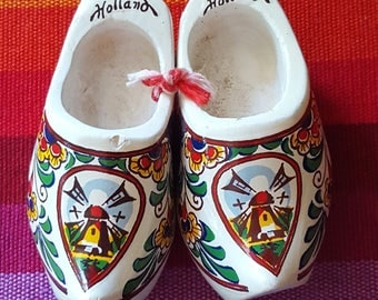 Vintage Mini Dutch Shoe~Miniature Wooden shoe~Wooden Clogs Holland~Souvenir of Holland~Windmill~Dutch Clog~Shadow box item~JewelsandMetals