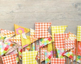 SURPRISE Listing. FIVE surprise flags from this photo. Orange, Pink, Coral, Yellow Pennants. Fabric Banner. Centerpiece Flags. Citrus Colors