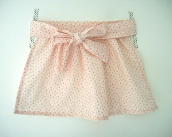 Little girl apron - Light pink to Fuchsia flowers