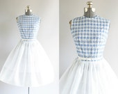 Vintage 1950s Dress / 50s Cotton Dress / L'Aiglon Blue and White Floral Eyelet Dress S/M