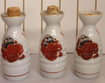 RARE Daruma Sake set Sake Bottle Made in Japan Bodhidharma Signed on Bottle (One Bottle)