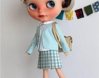 Outfit for Blythe school uniform. dress/clothes
