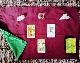 Purple and green Tarot Cloth reversible sides - Altar Cloth - Tarot Supplies - Witch Supplies