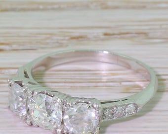 Art Deco 1.70 Carat Old Cut Diamond Trilogy Ring, circa 1935