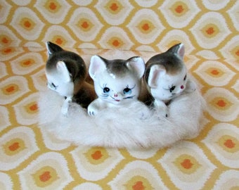 Vintage Kitsch Anthropomorphic Ceramic Kittens in a Basket Japan