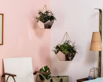 Terrarium - Geometrical planter-Valentines- Hanging Planter- indoor planter - geometrical  - Home decor - Planter - Air plants -Office decor