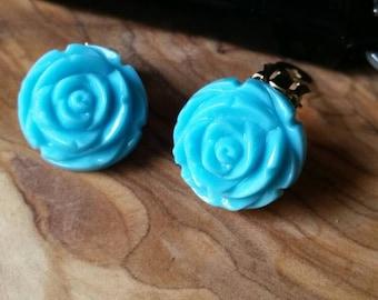 Pretty Vintage Blue Bakelite Rose Clip Earrings
