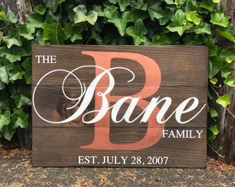 Family Initial Sign - Last Name Sign - Family Name Sign - Family Established Sign - Wooden Family Sign - Living Room Decor - Wedding Gifts
