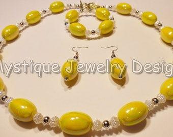 Yellow Iridescent Necklace Set