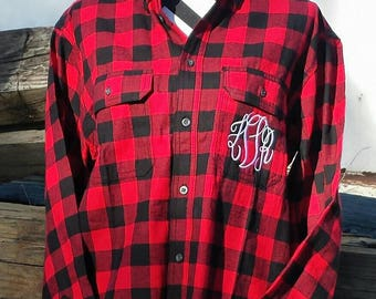 Buffalo Plaid,Monogrammed flannel shirt, Monogrammed Buffalo Plaid Shirt,plaid flannel,Bridal Party Shirts, Wedding,getting ready