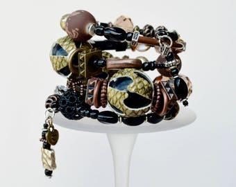 gift,women,bracelet,copper,handmade,gift for her,jewelry,jewellery,boho jewelry,black,beaded bracelet,gift for sister,love,valentines day