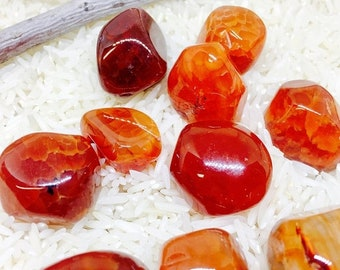 10% Fireagate polished tumbled Stone. Natural authentic stones. Size 15-20mm.