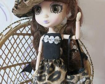 dress and beret Shibajuku doll