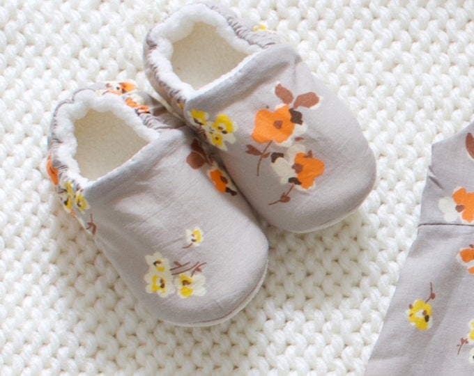 Cotton lawn baby girl shoes