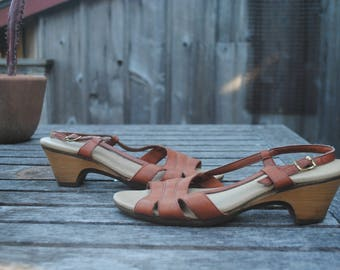 Vintage 1970's Brown Leather Slingback Heeled Sandals Women's Size 8