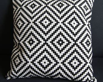 black and White Cushion cover 40 X 40