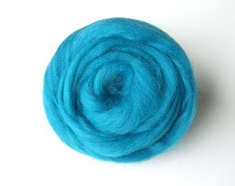 25g Turquoise carded wool felting or spinning Merino worsted
