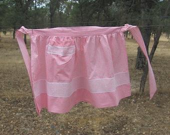 Vintage Pink & White Gingham Apron, Vintage Apron, Embroidered Pink Apron