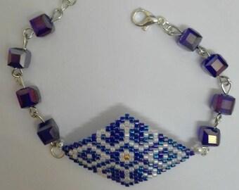 Silver woven bracelet in diamond - blue-white-Golden miyuki beads