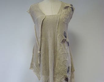 Summer asymmetrical taupe top, S size. Made of pure linen.
