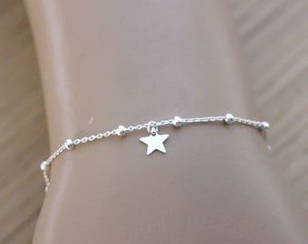 Sterling silver bracelet small star charm - fine bracelet - minimalist bracelet - star bracelet - silver charm bracelet