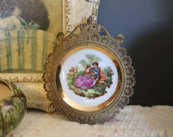 Miniature China Plate in Gold Filigree Frame, Limoges Hanging Plate in Gold Frame, Fragonard Courting Scene on Limoges Wall Plate with Gold