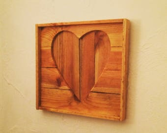 Rustic reclaimed wooden heart wall hanging / outline cutout picture / home decor / apple crate wood