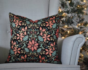 Christmas Print Pillow Cover | Red andGreen Christmas Pillow Cover | Christmas Poinsettia Print Pillow Cover | Christmas Throw Pillow Cover