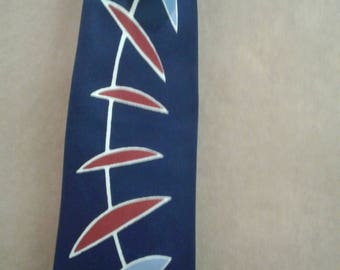 Vintage  Hillcrest Tie/Made in California/ Abstract