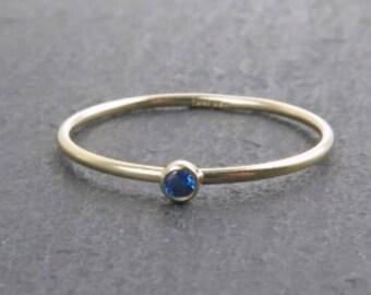 Anillo Blue Zirconia