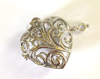 Silver-plated 40x33x16mm heart bird cage