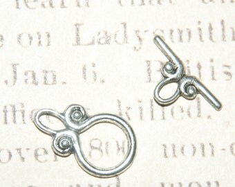 2 clasps toggle vegetable patterned metal silver 20 x 11, 5mm
