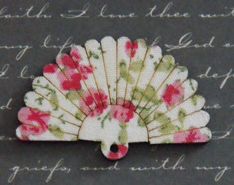 Floral pink/green wooden 31x48mm fan charm