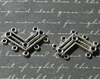 V-shaped silver-plated 20x29mm 2 connectors