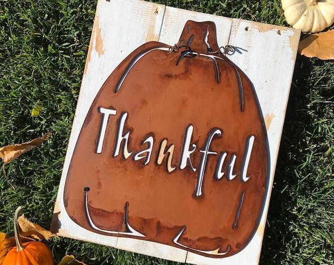 Pumpkin sign, Metal Pumpkins, Harvest Pumpkin Decor, Rustic Fall Decor, Farmhouse Sign, Thanksgiving table, Fixer Upper Style, Thankful sign