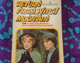Return From Witch Mountain ~ Walt Disney Studios ~ Tia & Anthony Are Back ~ 1978 ~ Paperback Book ~ Exciting Adventure ~ My Nostalgic Life
