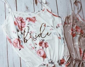 Custom Bridesmaid pajamas,Bridesmaid gift,Bridal pajamas set, Floral Bridesmaid Pajama set, Bridesmaid robe,Floral bride romper